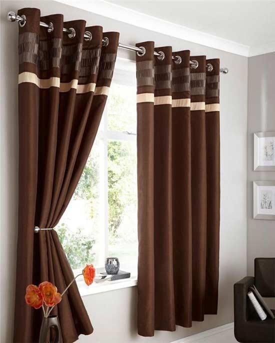 Rèm vải sử dụng thanh sắt, thanh gỗ