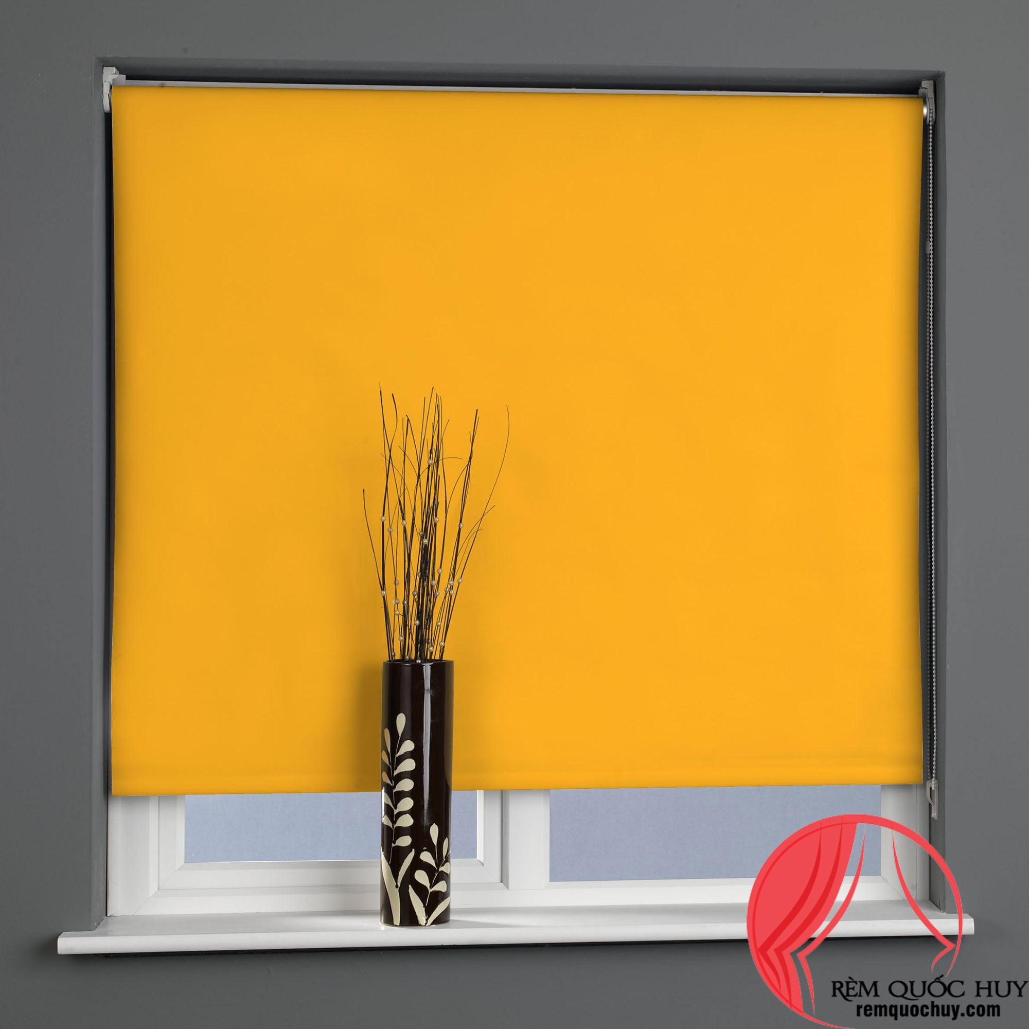 Rèm cuốn màu vàng