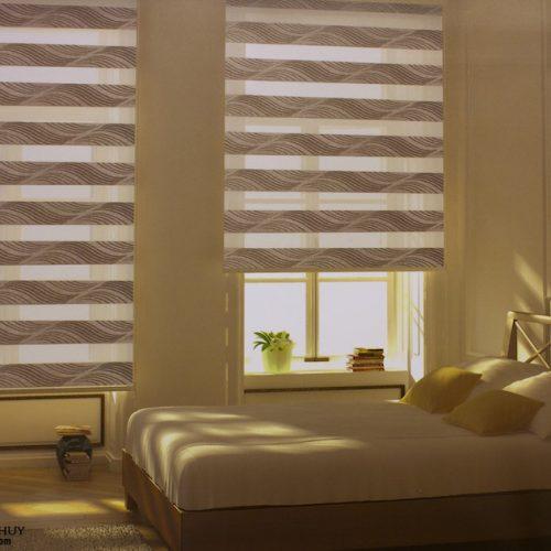 Rèm cầu vồng phòng ngủ có tốt hơn rèm vải phòng ngủ