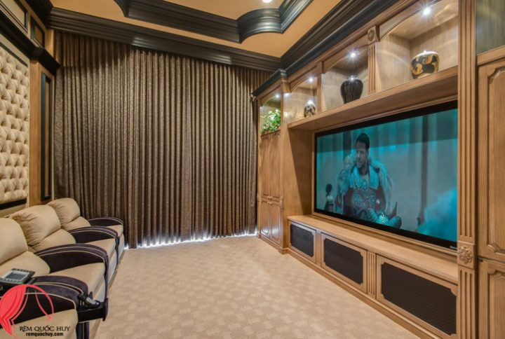 Biến căn nhà của bạn thành rạp chiếu phim bằng rèm cửa cao cấp