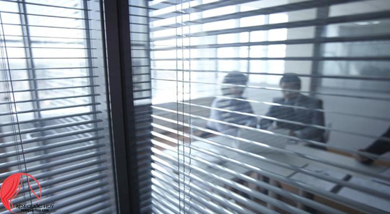 Rèm cửa sáo nhôm văn phòng